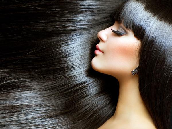 घर पर अपने बालों को कंडीशन करने के पांच तरीके
