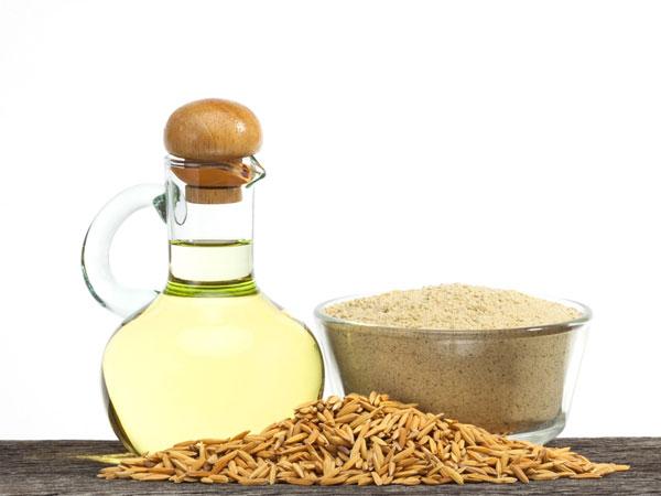 त्वचा और बालों के लिए चावल की भूसी का तेल के अद्भुत लाभ और इसका उपयोग करने के तरीके