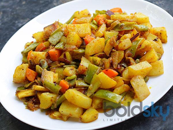 Crisp Aloo With Green Beans Opskrift