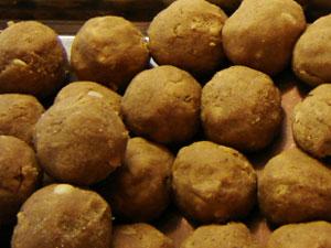 Три начина за прављење Тхамбиттуа - популарна слатка јела од Карнатака
