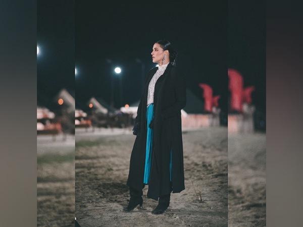 Garderoba Neha Dhupia ima zanimive obleke; Izberite svojo najljubšo