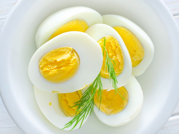 Makan Tiga Telur Setiap Hari Selama Seminggu & Lihat Apa Yang Berlaku Pada Tubuh Anda!