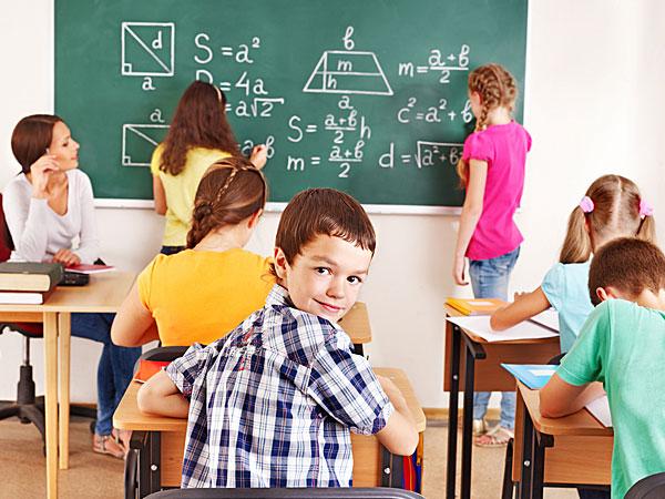 10 Tips Bertahan Hidup di Kelas yang Membosankan
