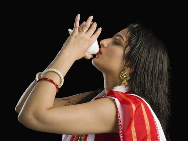 Ritual 'Malam Pertama' Aneh Dalam Pernikahan India!