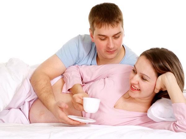 7 Cara Suami Dapat Menjaga Isteri Mengandung
