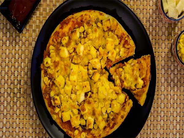 Chinsinsi cha Pizza Wosungunuka Ndi Chokoma cha Chimanga: Momwe Mungakonzekerere Pizza Wosunthidwa Ndi Pizza Wokoma Wam'nyumba