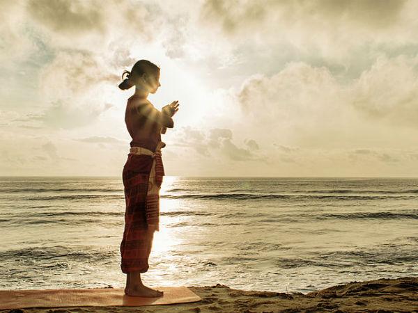 सूर्य देव को जल अर्पित करने के फायदे