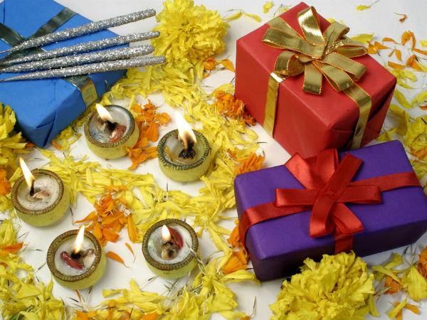 गुरु पूर्णिमा 2019: गुरु पूर्णिमा आपके शिक्षकों के लिए राशि के अनुसार उपहार है